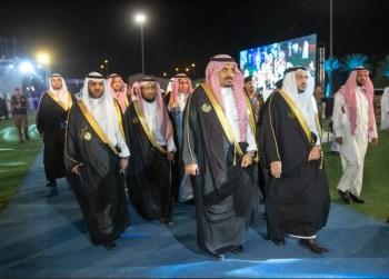 أمير القصيم يزف أكثر من 11 ألف خريج وخريجة لسوق العمل في عرس جامعة القصيم السنوي
