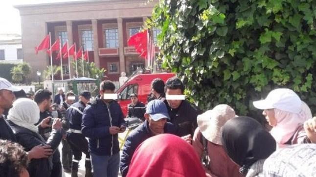 """إصابات في صفوف أساتذة """"الزنزانة 9"""" بعد تدخل القوات الأمنية لفض اعتصامهم"""