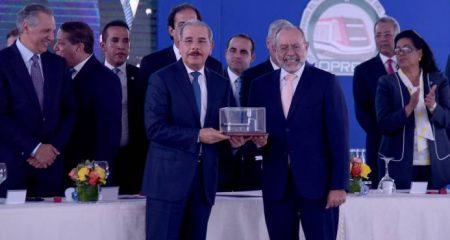 Danilo Medina dice su gobierno realiza una obra extraordinaria