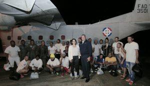 PUERTO PLATA: Retornan pescadores estaban presos en Islas Bahamas