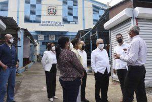 Autoridades dialogan sobre retos y desafíos mercado fronterizo Dajabón