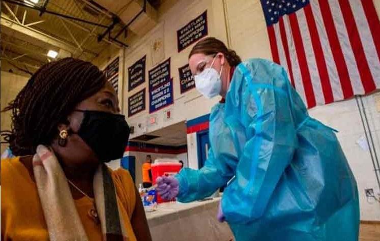EE.UU: Miles de contagiados con Covid-19 luego de vacunarse