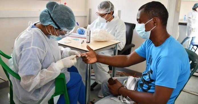 Salud Pública RD notifica 389 nuevos contagios covid-19 y cinco muertes