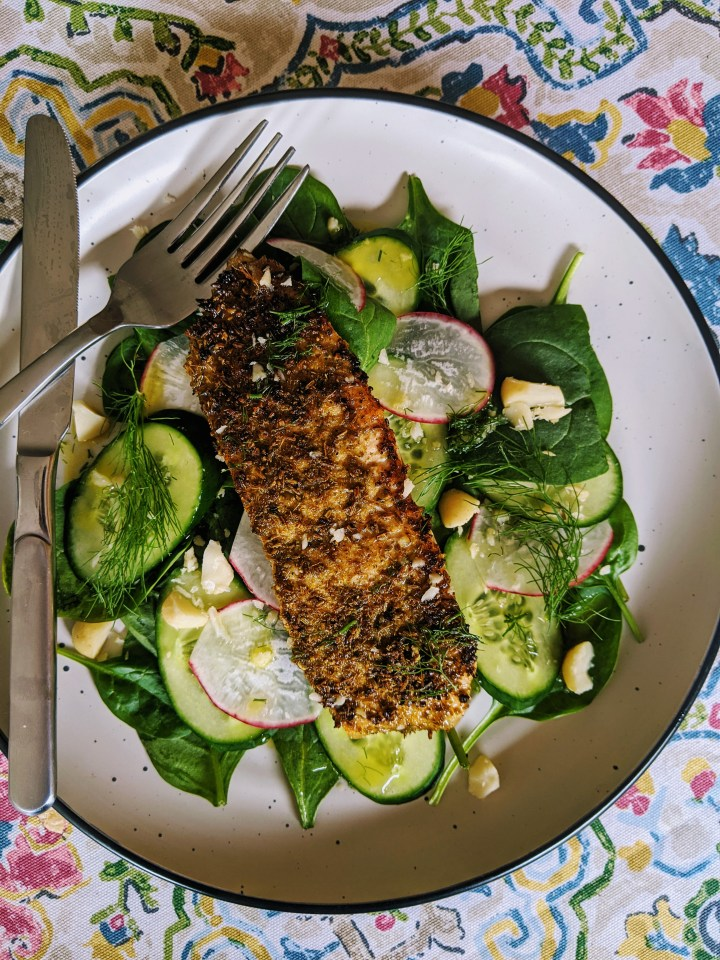 Salmon Provenҫal with Spinach and Macadamia Salad