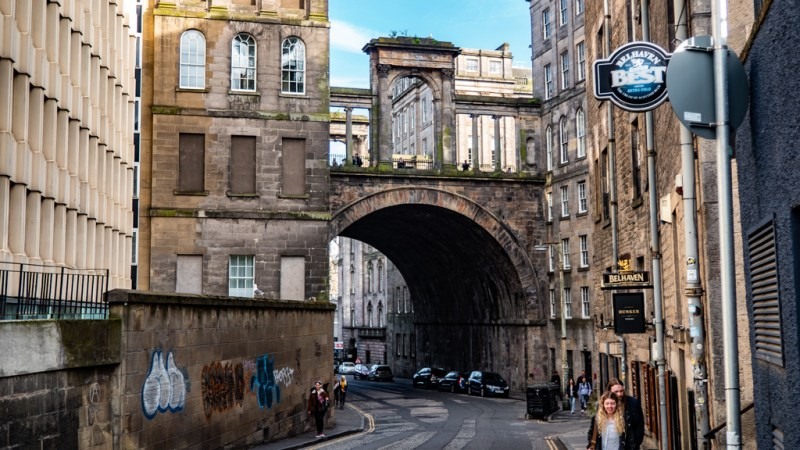 Calton Road Bridge in Edinburgh which is a Trainspotting film location