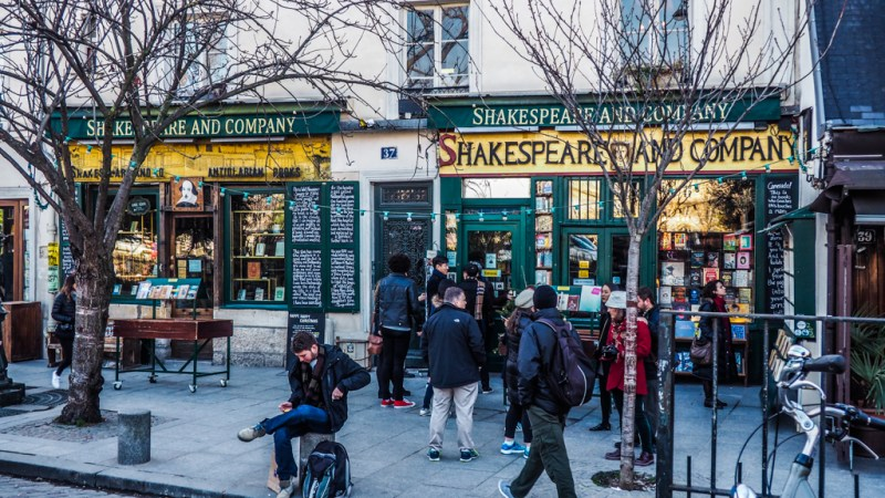 Before Sunset Film Locations in Paris featuring Shakespeare & Company Bookshop, Promenade Plantee, Le Pure Cafe which are amazing Paris film locations | almostginger.com