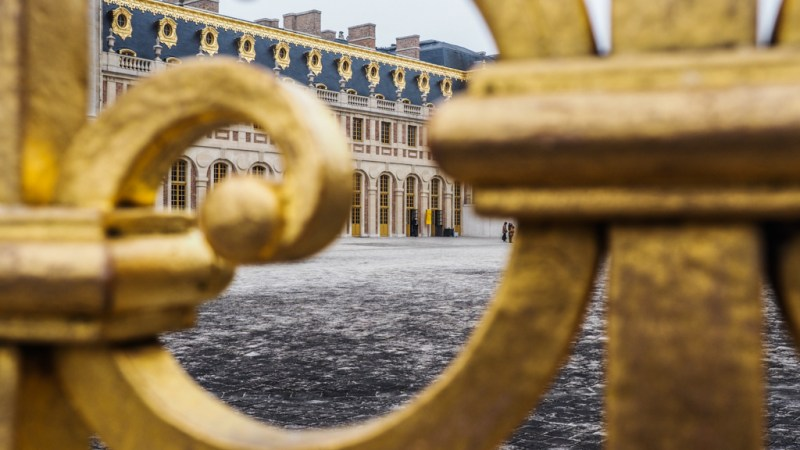 A Quick Guide to the Palace of Versailles including how to get there from Paris, ticket information and opening times   almostginger.com