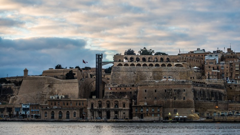 Things to do in Valletta, Malta if you only have One Day | You onlyhave 24 hours in Malta and want Valletta tips? Check out my Valletta Guide on the best things to do including the National War Museum, Barrakka Gardens and the best bars and restaurants | almostginger.com
