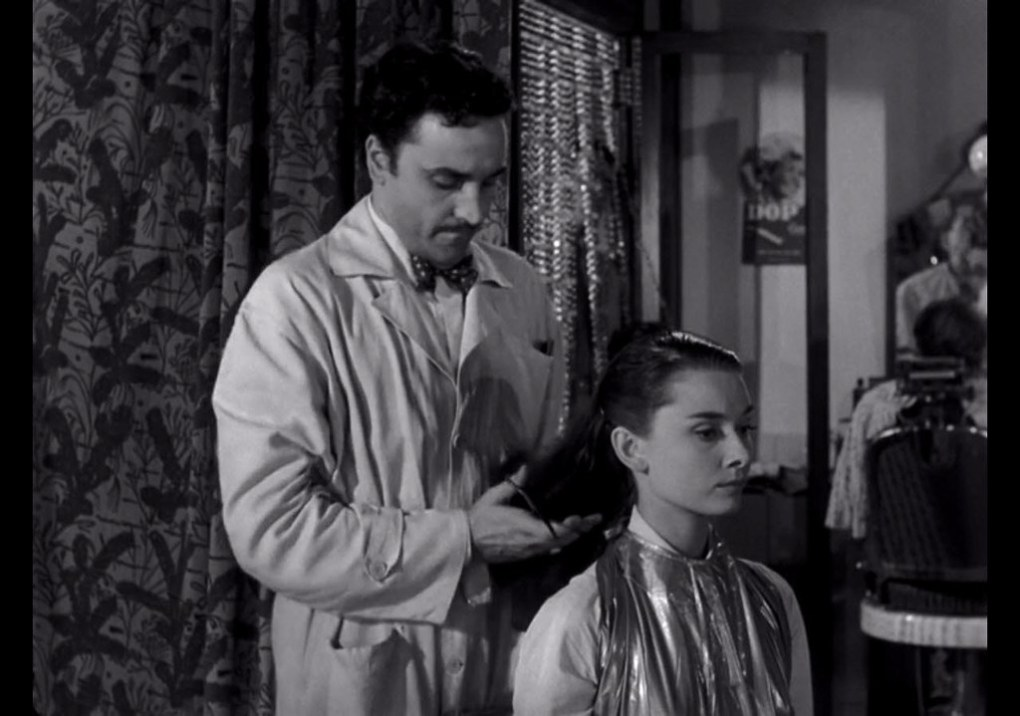Princess Anne getting her hair cut in Roman Holiday (1953)