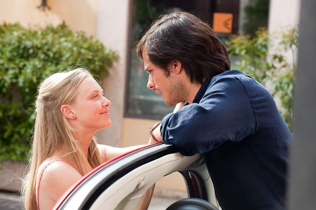 Sophie and Victor getting into a car in Verona as seen in Letters to Juliet (2010