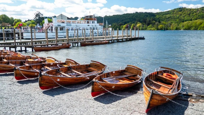 Wooden boats on the banks of Lake Windermere inBowness-On-Windermere in the Lake District, UK