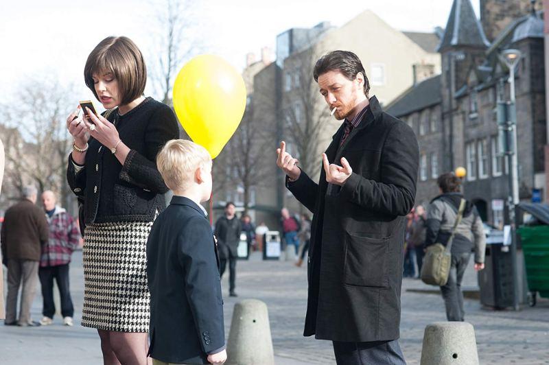 James McAvoy flipping off a child in Grassmarket, Edinburgh in the film Filth (2013)