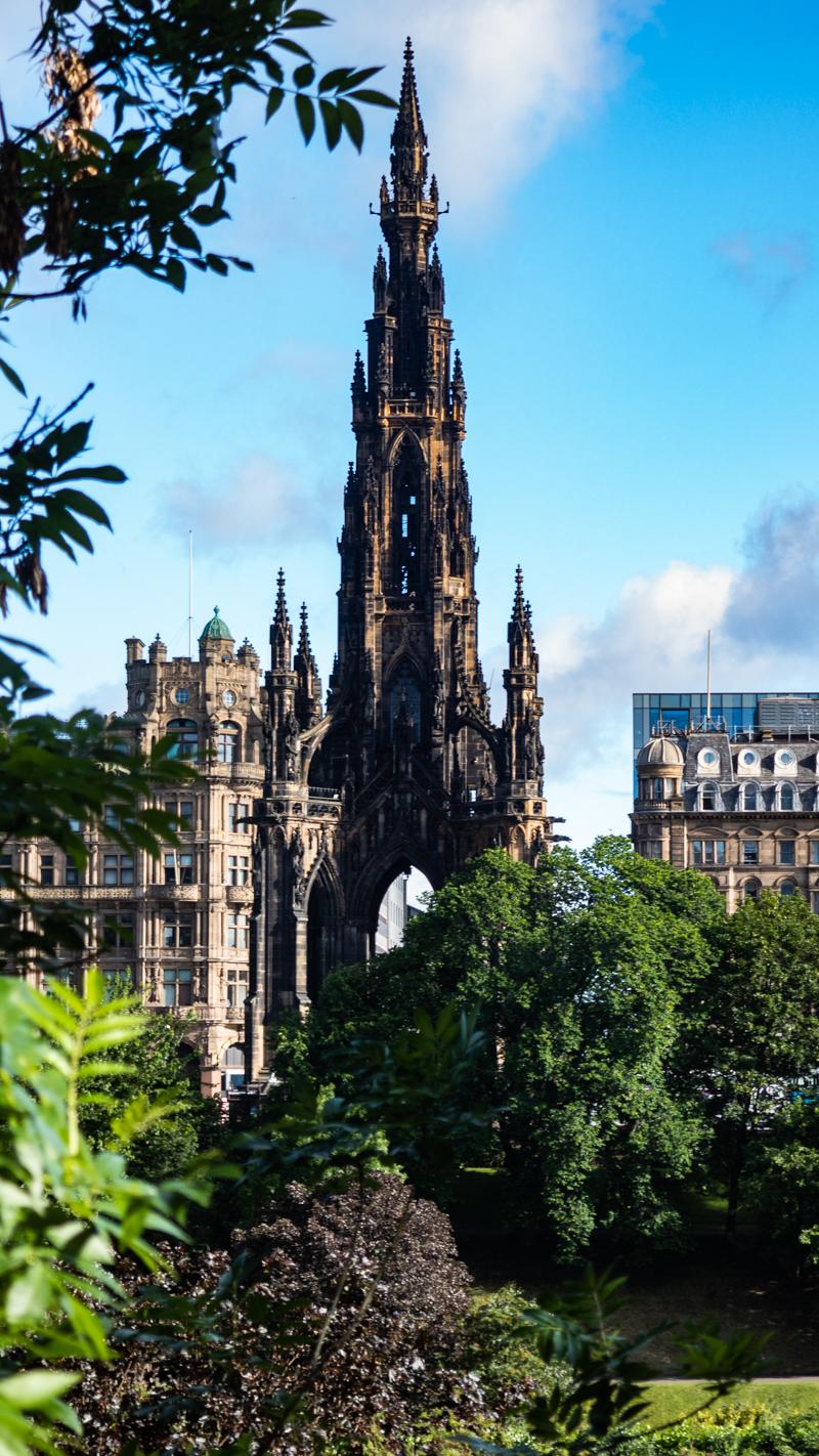 Scott Monument in Edinburgh   3 Days in Edinburgh
