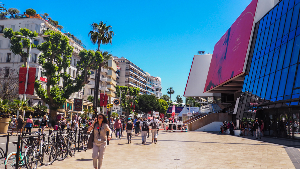 Cinephile vs 3 Days in Cannes Accreditation: Which Cannes Film Festival Pass is For You? | almostginger.com