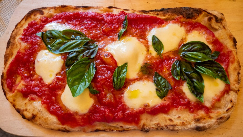 Pizza from Al Vicoletto Restaurant in Cefalù, Sicily