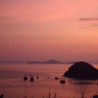 Labuan Bajo, Flores. Lipstick Sunset