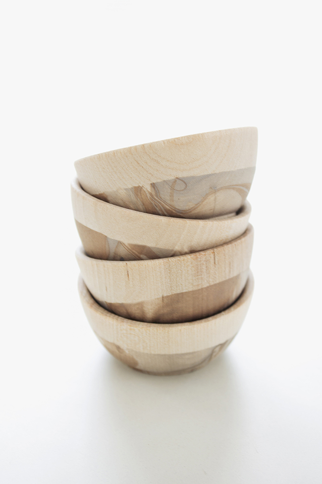 DIY marbled pinch pot
