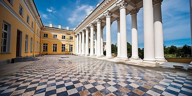 checkered-floor-design-at-alexander-palace-in-tsarskoye-selo