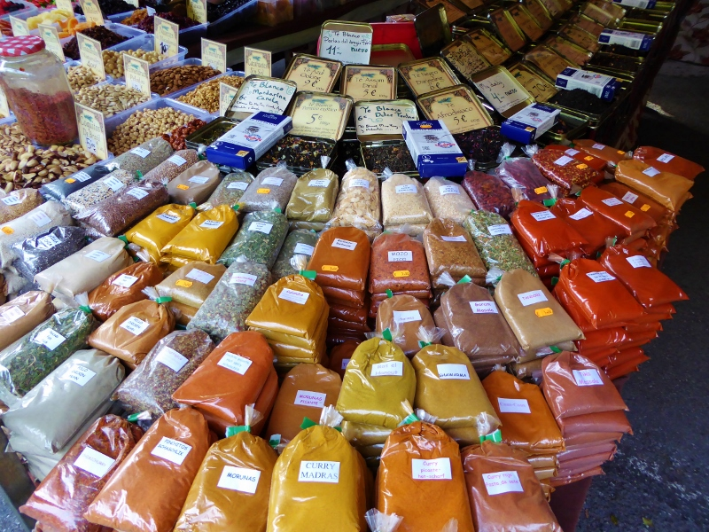 Friday Market Almunecar spices