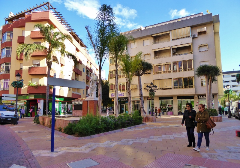 Plaza Madrid Almunecar