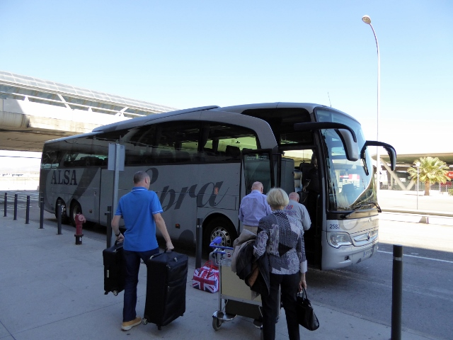 Alsa direct bus from Malaga airport to Almuñécar - supra economy