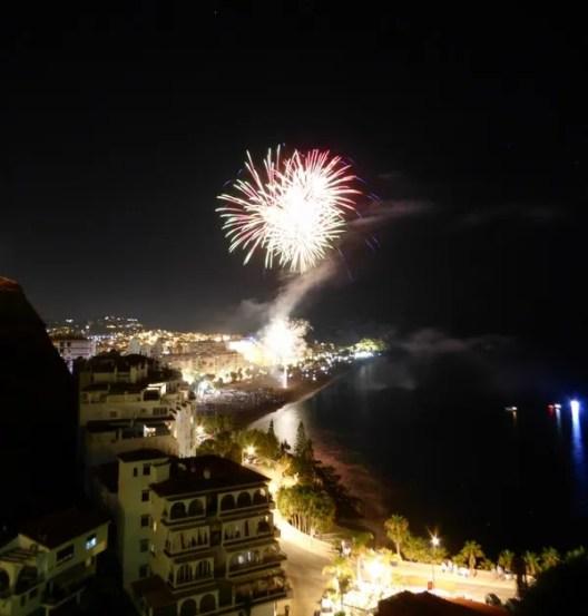 15-Fiestas Virgen Del Carmen 16 July Fireworks (50)