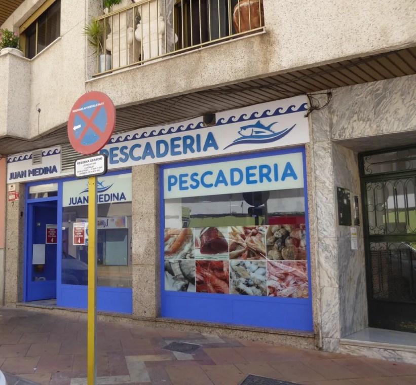 PescaderíaJuan Medina fish shops almunecar. Read more on https://almunecarinfo.com