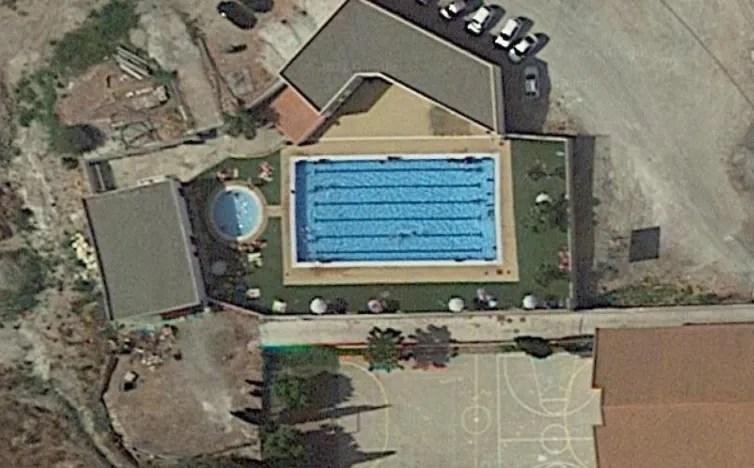 Piscina municipal de Vélez de Benaudalla Photo source: google maps