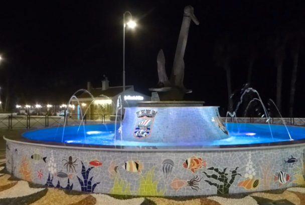 Mosaic_Fountain_San_Cristobal_Roundabout In honor of the sailors los marinos read more on Almunecarinfo.com
