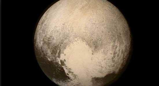 اكتشاف تضاريس غير متوقعة على كوكب بلوتو