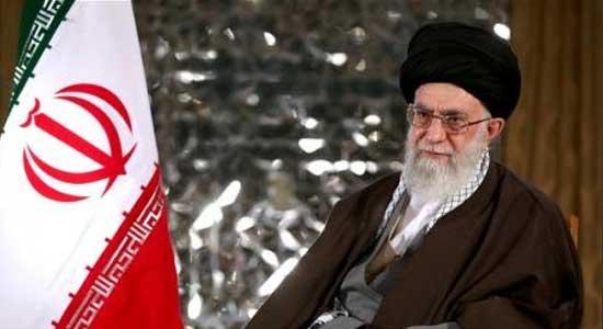 خامنئي: يخطئ من يعتقد أن مستقبل إيران في المحادثات وليس الصواريخ