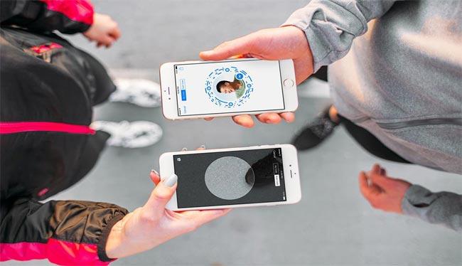 فيسبوك: أكثر من 900 مليون مستخدم لتطبيق التراسل