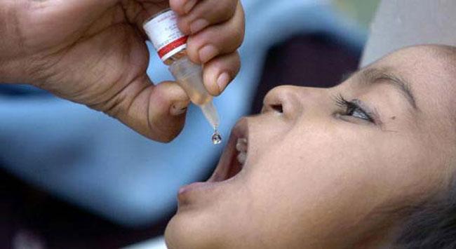 صحة الكرخ: تلقيح أكثر من 350 ألف طفل ضد شلل الاطفال