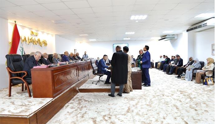 نتيجة بحث الصور عن صدور حكم دستوري بشأن تبوء عضو مجلس النواب منصباً رسمياً