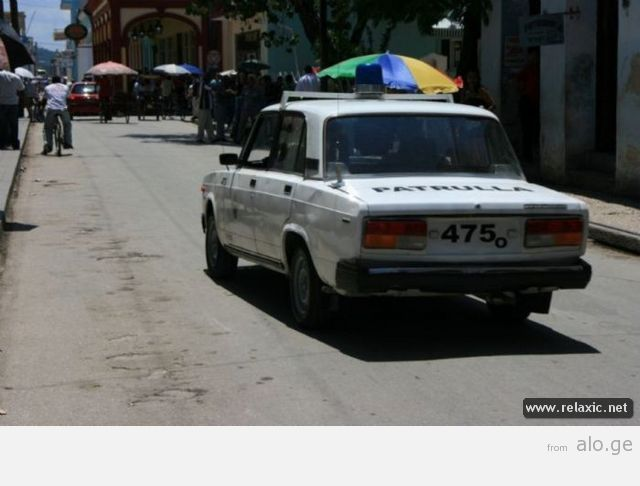 police-car_00090