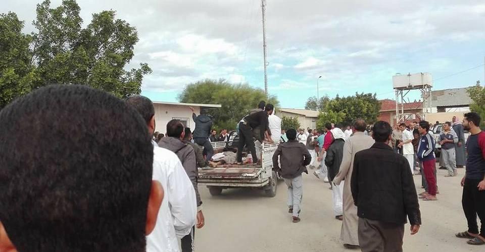 عاجل :الأهالى ينقلون المصابين بسياراتهم ..ومصادر : ضحايا حادث الروضة الإرهابي 115 شهيدا و120مصابا