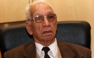 وفاة العالم اللغوى الكبير الدكتور حسين نصار ..ووزير الثقافة ينعيه