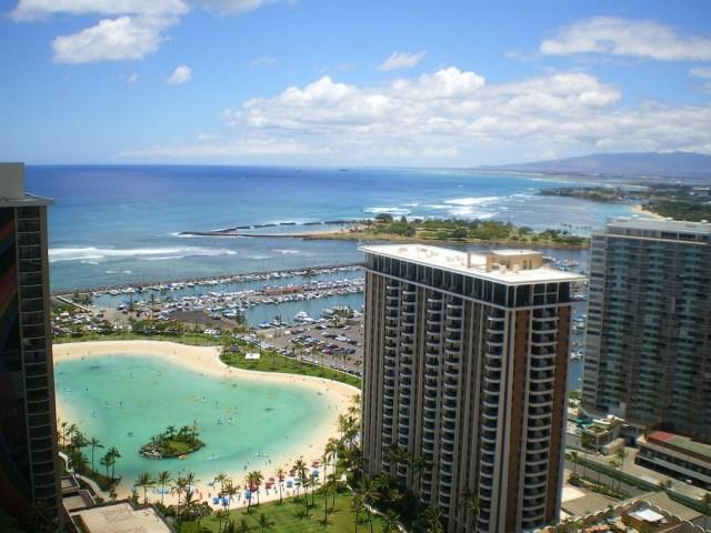 ハワイのホテルでチップはどうする?渡し方や相場、忘れた時など