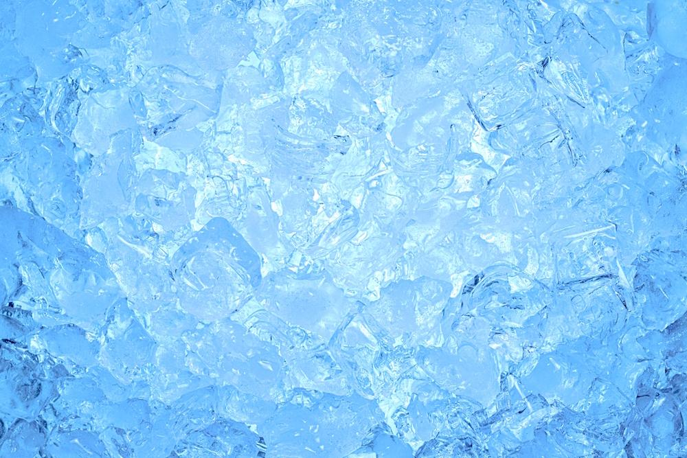 冷凍庫の霜取り(霜と氷)
