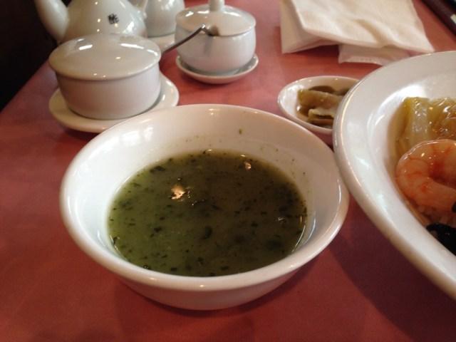 恵比寿のランチ(ル・パルク恵比寿店・ほうれん草のスープ)