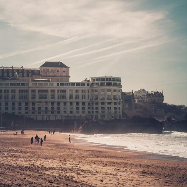 Naturalna świeca zapachowa Biarritz Grande Plage EQ
