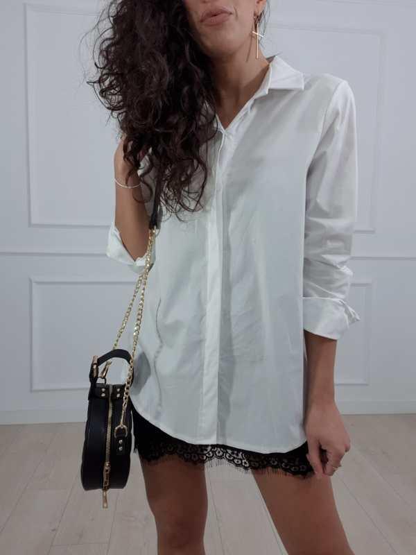 camisa blanca tigre