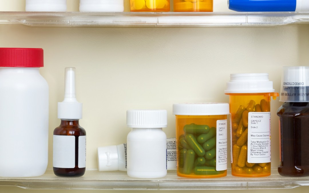 31 Day Tidy-Your-Life Challenge DAY 14- Clear Out Your Medicine Cabinet