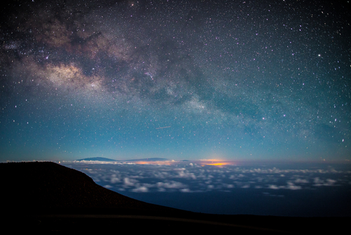 Haleakala National Park: View of the milk way from the Haleakala observatory. Hawaii travel. Things to do in Maui. Things to do in Hawaii.