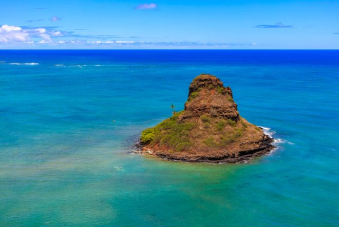 Chinaman's Hat on an Oahu helicopter tour.