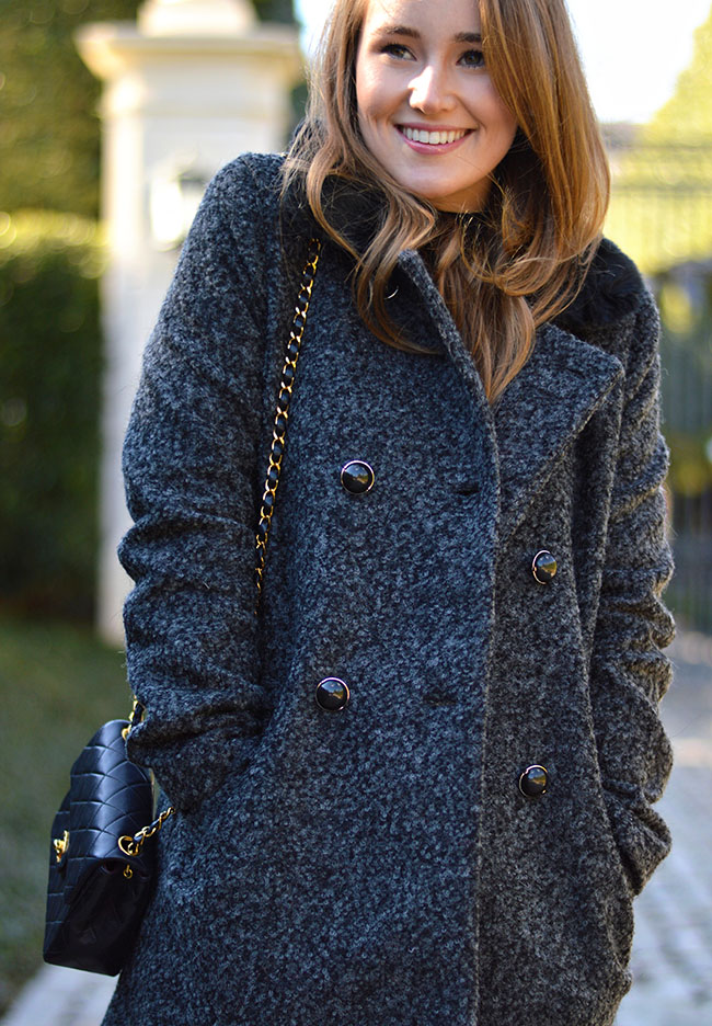 fur coat, black fur coat, chanel crossbody bag, preppy style, sorority style