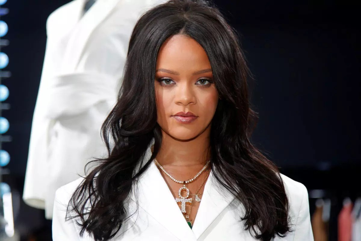 Rihanna stumped by pregnancy query in interview!