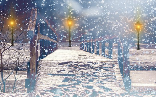 Traditions of Christmas: Snow and Snowflakes