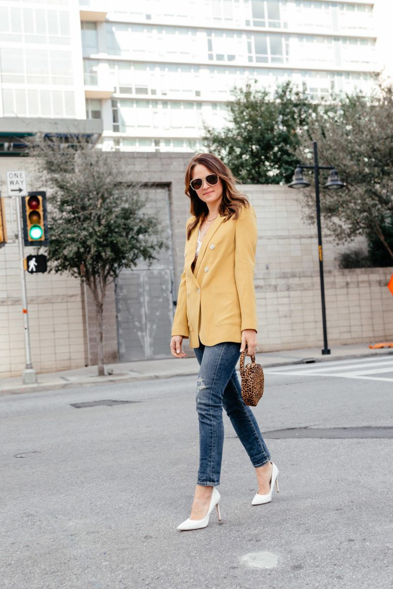 Spring Color Crush: Yellow. Dallas blogger sharing her yellow color crush with a fun blazer styled for spring with white accessories, as well as a round up of the cutest yellow clothing and accessories. #yellow #colorcrush #springstyle #brightblazer