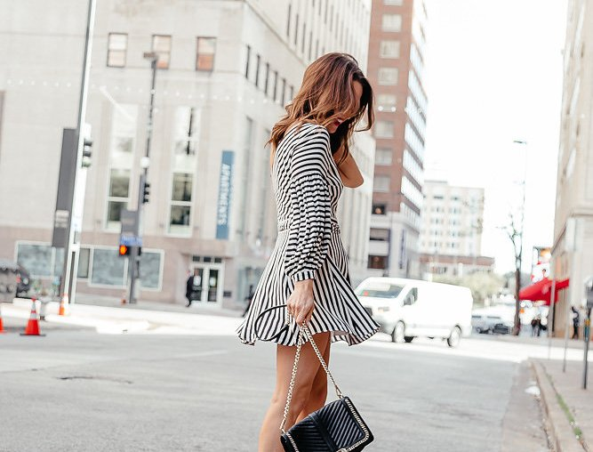 Dresses for Spring Weddings: Dallas blogger sharing her spring wedding dress guide and a roundup of the cutest dresses for spring weddings broken down by price, colors, pattern, and more to ensure you are the best dressed guest at any spring wedding. #springwedding #weddingdress #weddingguest